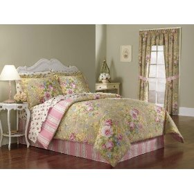The soft romantic roses in the pink and green bedding ensemble offers a welcoming effect to this mature bedroom decor