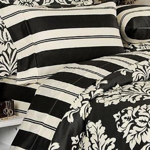 Post image for Black and White Toile Damask Bedding Set