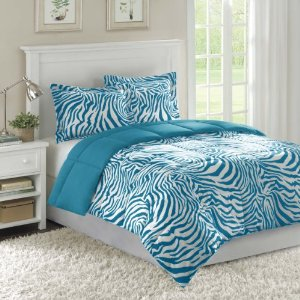 Selecting blue zebra print bedding for a softer decor Zebra print bedding